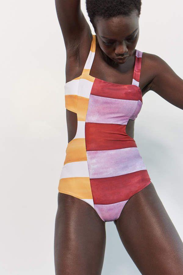 Horney ass tan girl naked