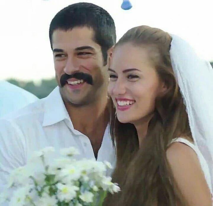 Ask Sana Benzer Burakozcivit Fahriyeevcen Truelove Sonsuzașk Ozcivitailesi Turkish Film Couple Photos Burak Ozcivit