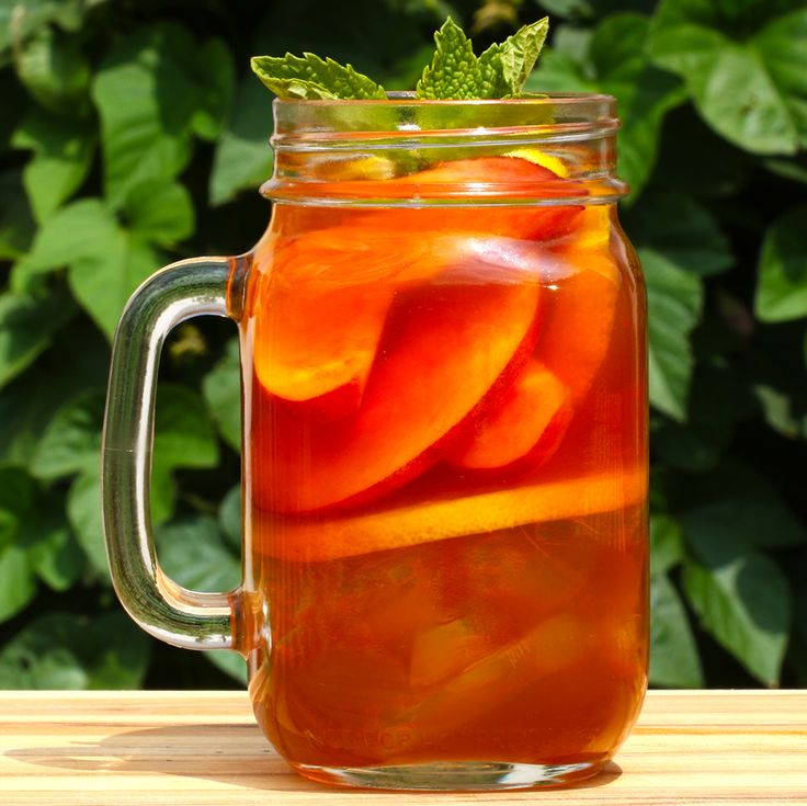 Peach Iced Tea Whiskey #TastyHappyHour