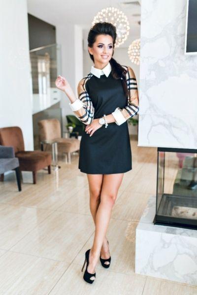 Деловое платье черное с вортником с рукавами в клетку Барберри