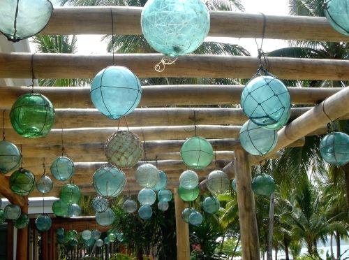 Glass fishnet floats