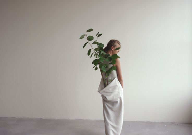 Paris-based designer Egle CekanaviciuteDesign Egl, Art Inspiration, Clothing Sprouts, Nature Science, Organic Fashion, Trees Design, Planters Clothing, Wearable Planters, Egl Cekanaviciut