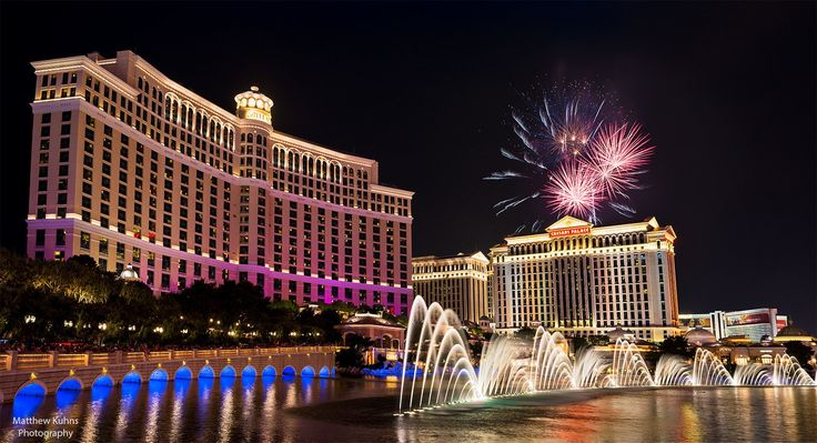 Bellagio 4th of July by Matthew Kuhns on 500px