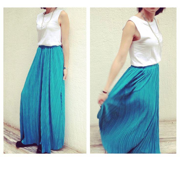 SARTORIAL   Chryssomally    Art & Fashion Designer - Maxi pleated turquoise skirt