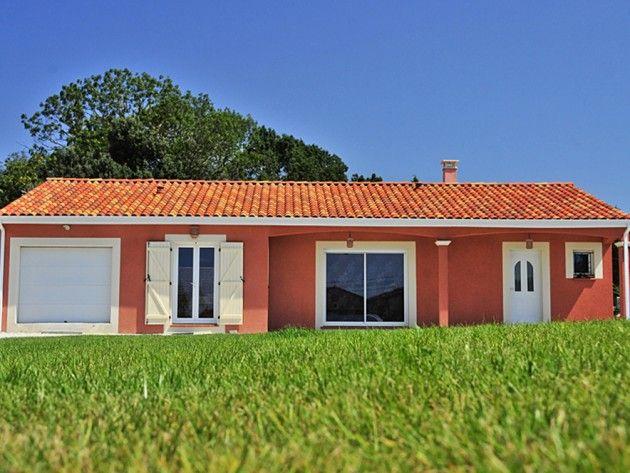 Maison traditionnelle de plain pied aux couleurs du sud facades pinterest plain pied - Facade maison couleur ...