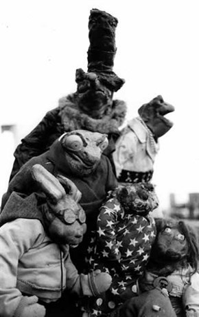 There's the Puppetmastaz that you listen to on your mp3 player, car radio or stereo and then there's the others -the live version - with wild puppets that have caused a stir on European stages for over 10 years.