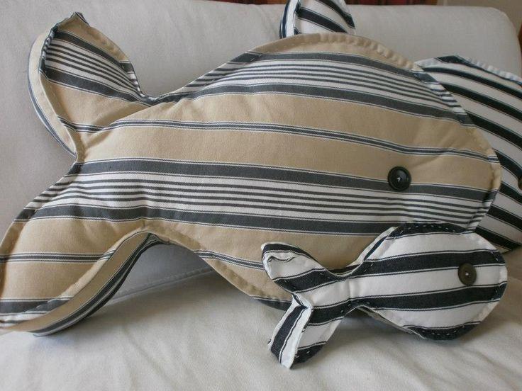 Balık yastıklar..www.facebook.com/AtolyeKarinca