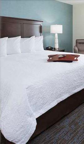 9 best hampton home collection images on pinterest 3 4 for Buy hampton inn pillows