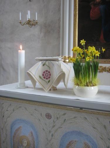 Siuntion kirkko, valkoinen kirkkotekstiilisarja, 2010, Helena Vaari, Hollola Finland