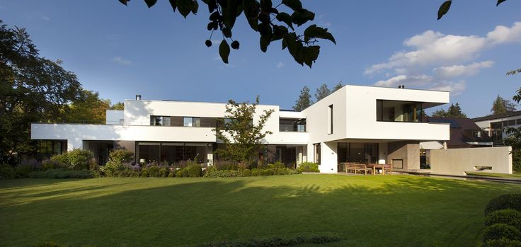 Stunning Bauhaus Style Home In Munich Germany