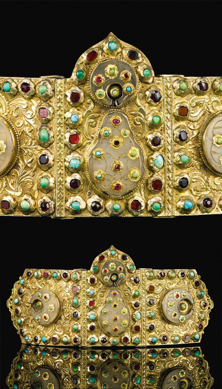 Turkey   Ottoman jade and jewel set belt buckle   17th century   Est. 80'000 - 120'000£ ~ (Sept '14)