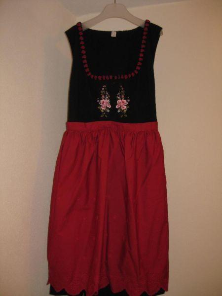 Schönes schwarz-rotes Dirndl - Größe 52 in Nordrhein-Westfalen - Eslohe   eBay Kleinanzeigen