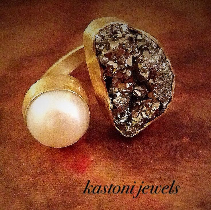 #rings #gemstones #handmade #Greece #www.facebook.com/kastonijewels #jewels #pearl #pyrite