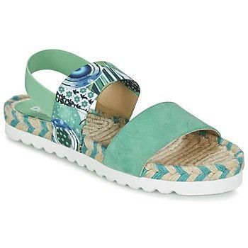 Sandalias verde aguamarina con suela blanca