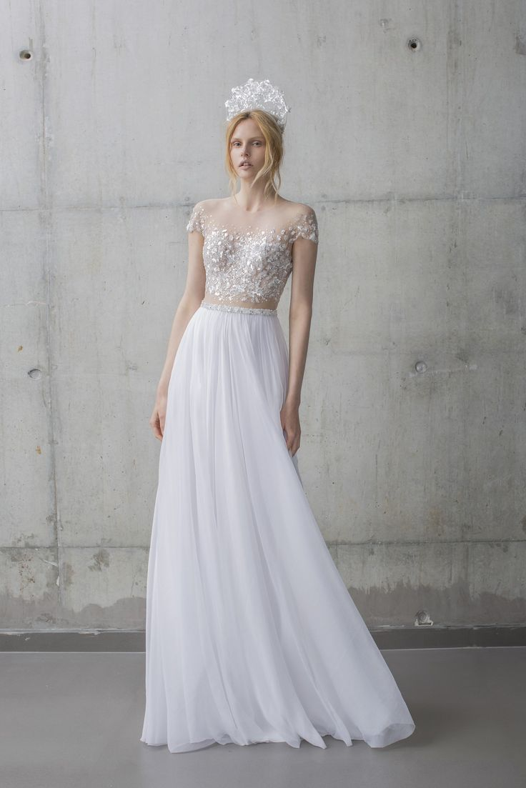 274 best 2016 fall wedding trends images on pinterest for Romantic ethereal wedding dresses