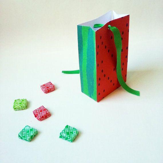 Watermelon favor bag printable box. Tropical party. por CumpleKits