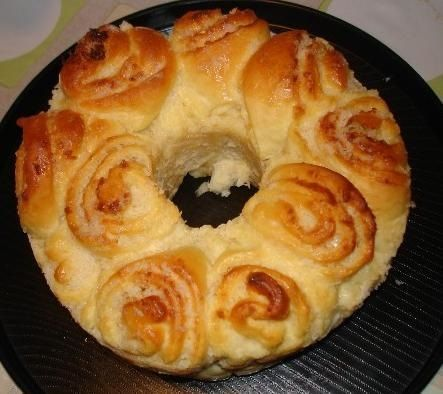 Receita de Rosca de coco (pão doce).