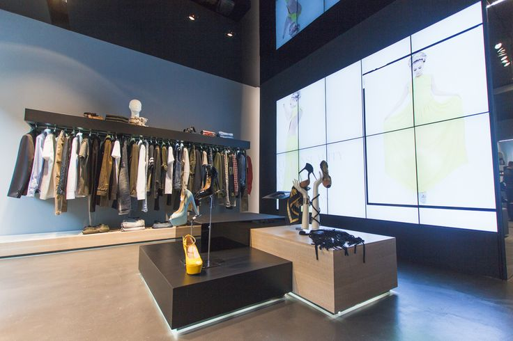 Mangano Milano store - Corso Como, 9  02.97191045