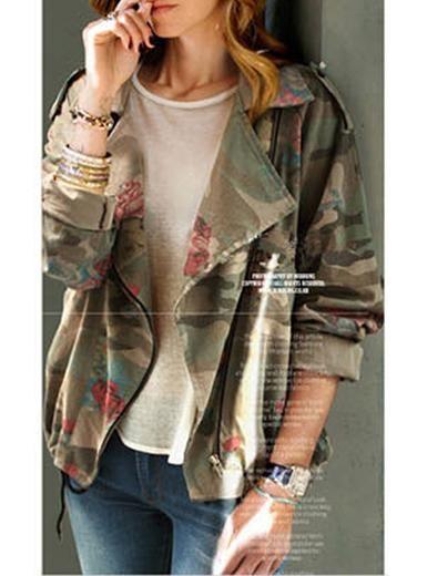 Women's Short Camo Jacket - Wide Lapels / Earth Tones
