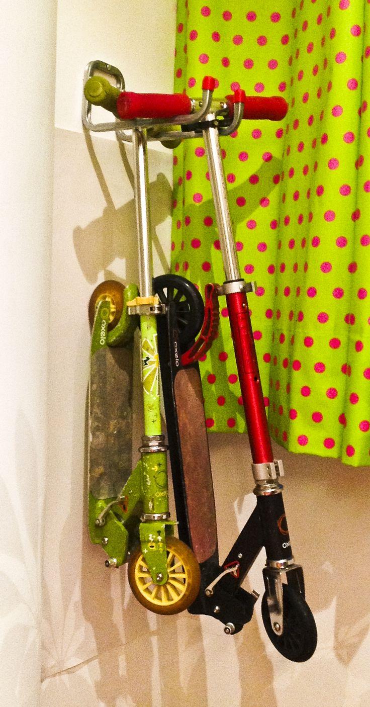 #gancho #scooter #deporte #acomodar #garage #bodega #apartamento #DIY #regalo #gift #navidad #patines #patineta #organizar #decorar de venta en www.alferhaus.mx #méxico