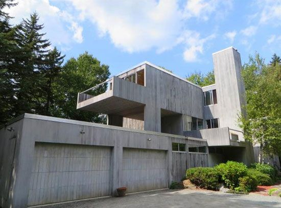 On the market: 1970s Myron Goldfinger-designed modernist property in Wilmington, Vermont, USA on http://www.wowhaus.co.uk
