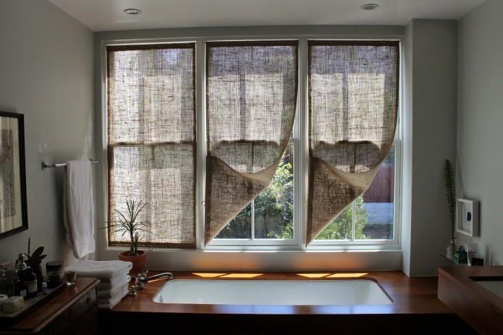 Шьем простые шторы из мешковины