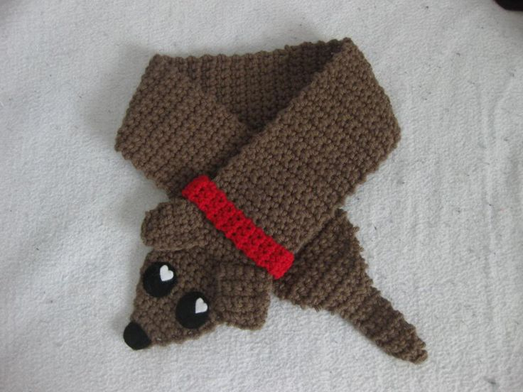 weiner puppy neck warmer :D [NOW WITH PATTERN] :)Free Pattern, Sausage Dogs, Doxie Scarf, Dachshund Crochet, Crochet Dogs Scarf, Dachshund Scarf, Weiner Dogs, Wiener Dogs, Scarf Free