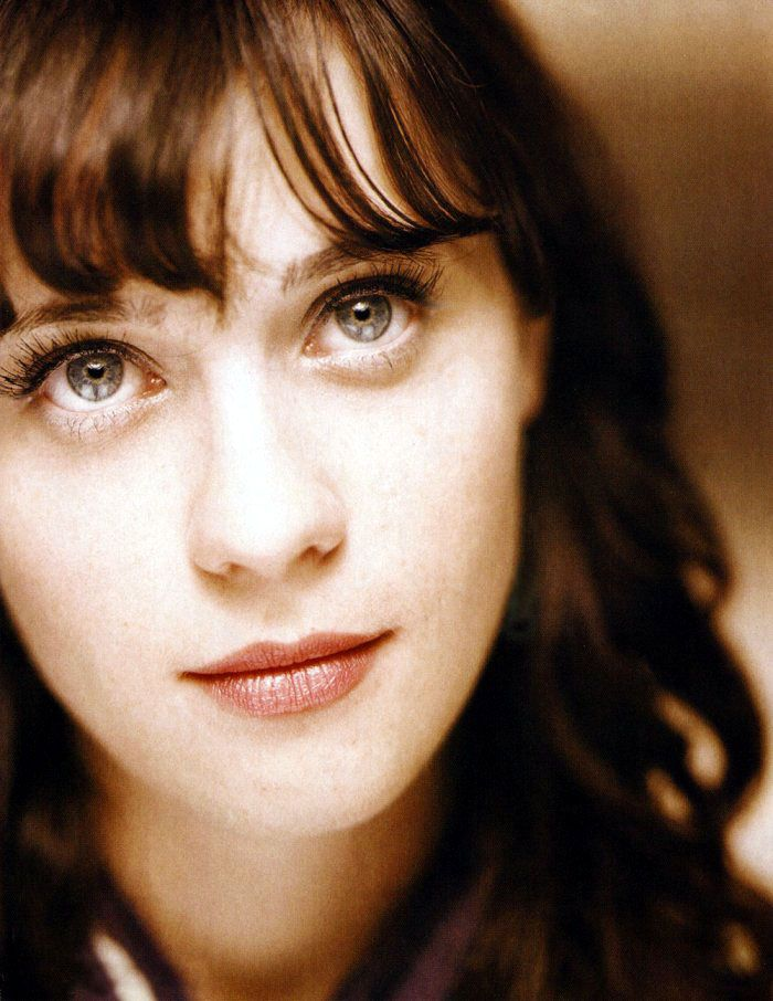 I wonder if Zooey Deshanel ever gets mad that Katy Perry stole her face and uses it to sing pop music. (Personally, I love them both.)