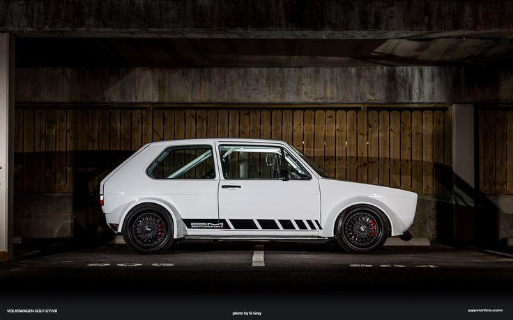 Bad Rabbit: um Golf Mk1 com motor V8 Audi de 344 cv, suspensão de Porsche 911…