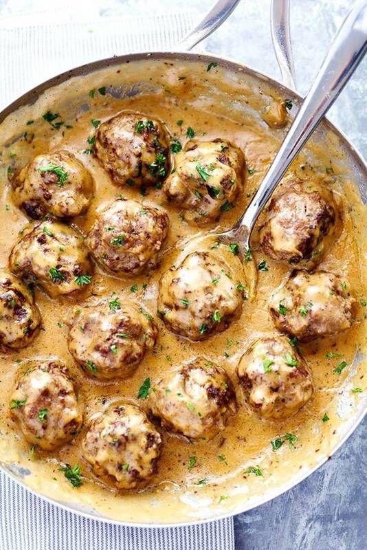 Köttbular (Swedish Meatballs)