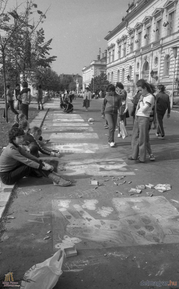 Aszfaltrajz verseny a Széchenyi téren