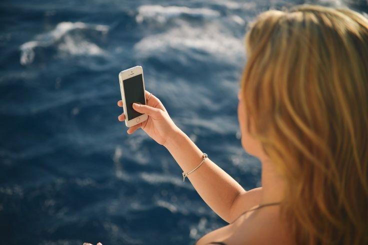 Tipps zu den Herbstferien: Apps als digitale Urlaubshelfer   Zur kommenden Herbstferienzeit ist immer viel Planung für den bevorstehenden Urblaub nötig. Dabei gibt es dann auch schon reichlich Unterstützung durch entsprechende Smartphone- und Tablet PC Apps. Immerhin vertrauen auch laut einer aktuellen Umfrage des Branchenverbandes Bitkom viele Nutzer den Apps. ...mehr #Herbstferien #Urlaub #Apps #Smartphone #TabletPChttp://ift.tt/2d0KFL2