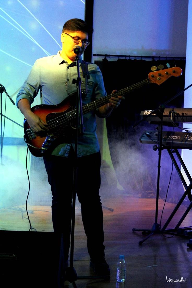 Chandra of Backwood Sun live at Magic Folk Music at @atamerica, Jakarta 2013