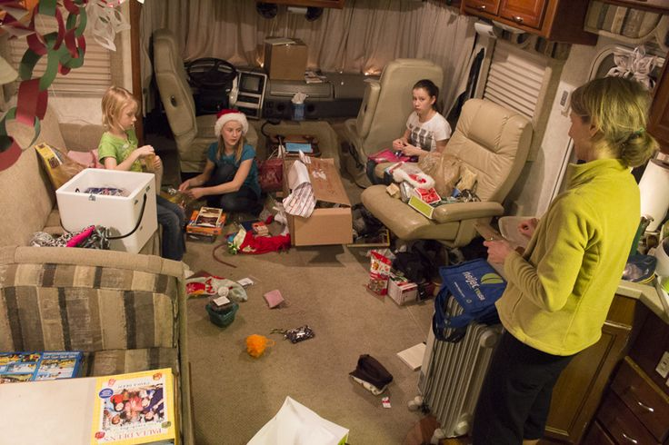 """THE PAINS OF RV LIVING. RV living is such a dream! Or is it? I have read a lot of blogs about families who decide to hit the road and live in an RV full time. Most of the stories I've read or heard is that these people """"hated"""" their dull, monotonous lives, and RV living has finally made their lives better and super exciting. Read our post here: http://motorhome-rv.org/the-pains-of-rv-living.aspx"""