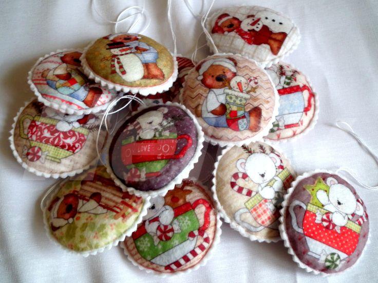 Karácsonyi mackók - filc karácsonyi díszek