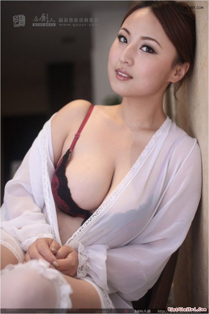 Real nude bollywood actress