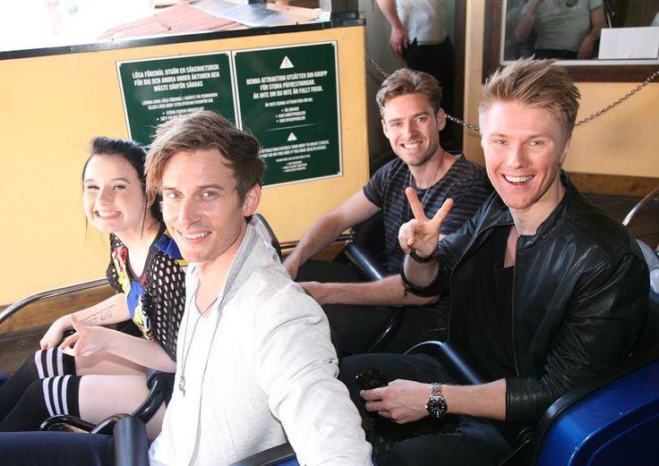 Jamie-Lee und die Jungs von Lighthouse X sind heute zusammen Achterbahn gefahren und hatten ganz offensichtlich viel Spaß! #Eurovision #ESC2016 #ComeTogether #JamieLee #LighthouseX #ESC #Eurovision2016 #Stockholm #Grönalund #Deutschland #Germany #Dänemark #Denmark by prinz_esc
