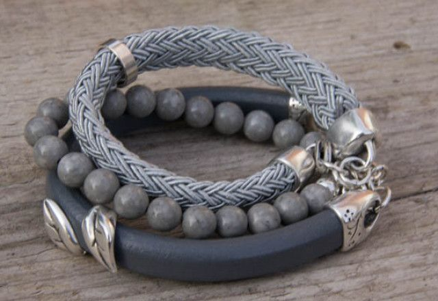 Grijze armbandset, combinatie: kraal, leer en koord van Label160