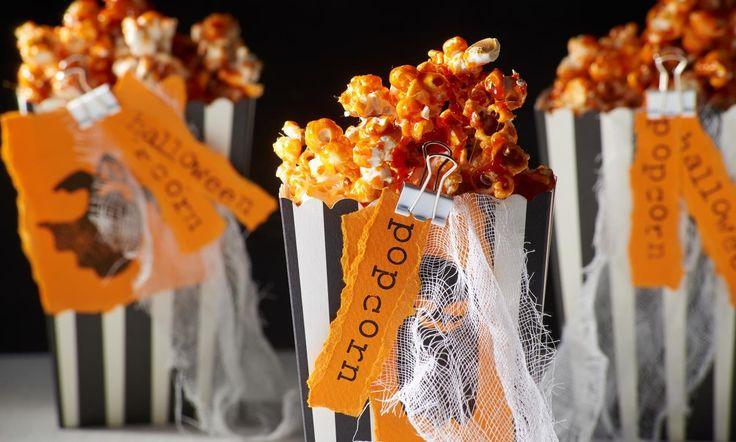 Orangefarbenes Karamellpopcorn Rezept: Farbiges Popcorn mit Karamellnote  - Eins von 5.000 leckeren, gelingsicheren Rezepten von Dr. Oetker!