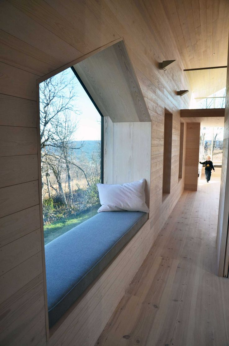 split-view-mountain-lodge-by-reiulf-ramstad-architects-8