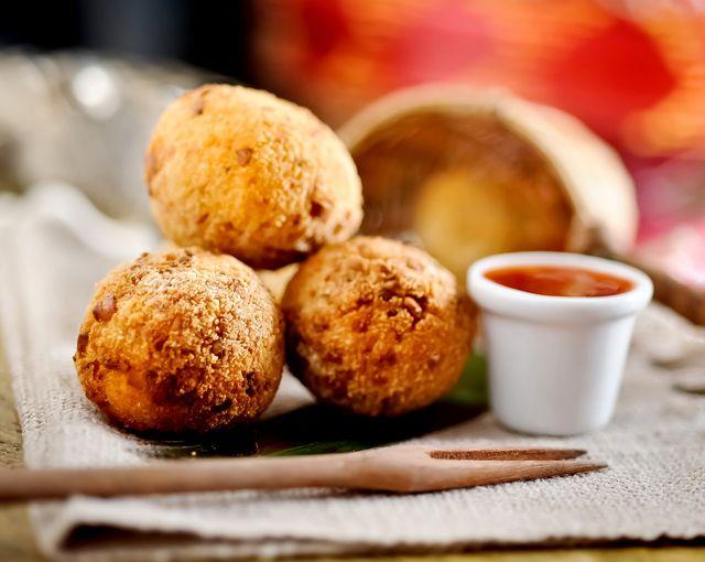 Khiri Khiri, ou bolinho de Camarão, uma daquelas receitas imperdíveis do Marakuthai.