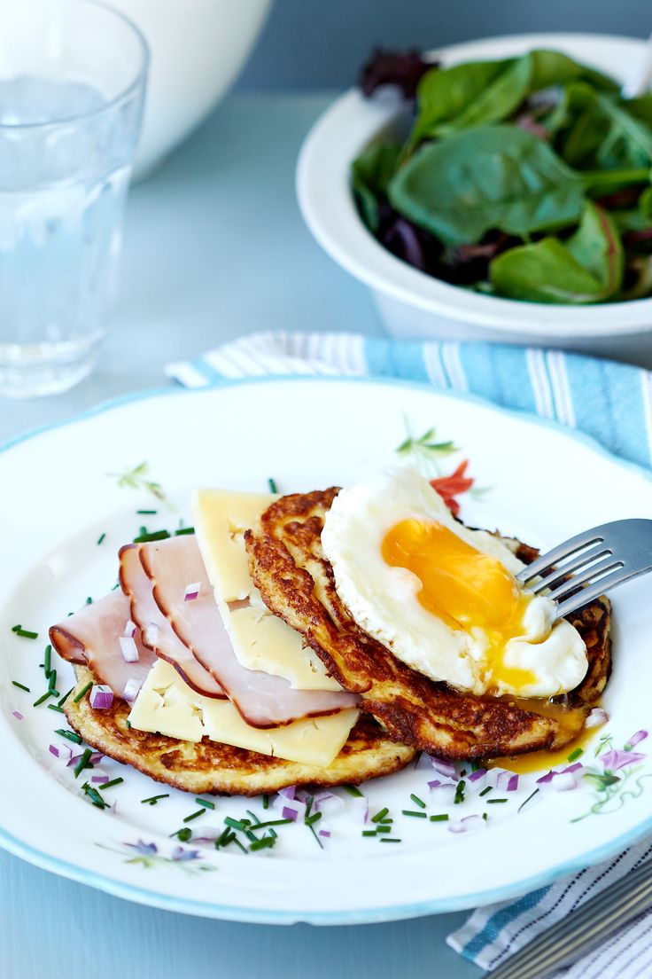 Madame Crunch goes keto. The result? Ham+Cheese+Egg=TASTY. We've just swapped out the bread with cottage cheese and egg pancakes, and the result is an even tastier classic. All of the flavor, none of the carbs.