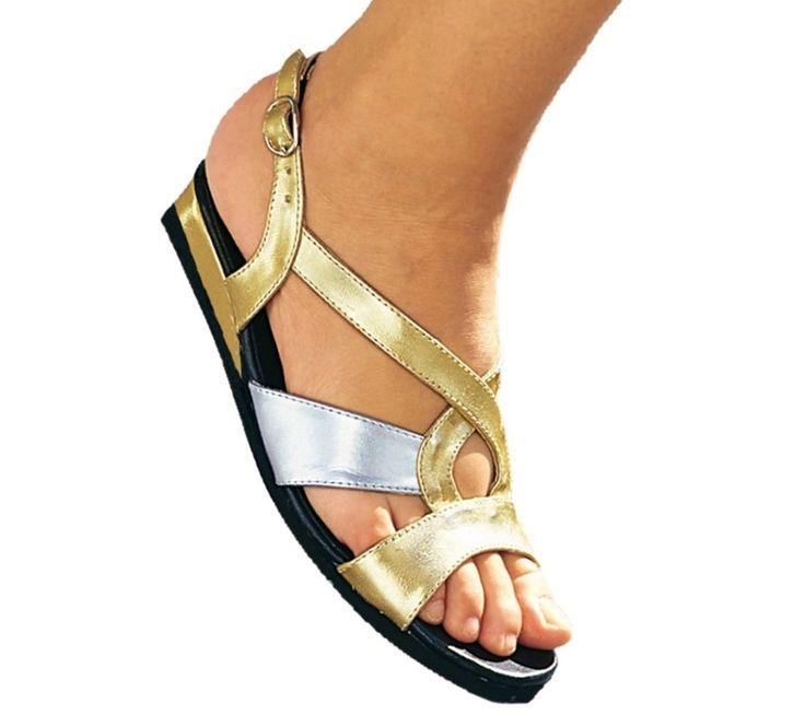 Pohodlné sandály na klínku   vyprodej-slevy.cz #vyprodejslevy #vyprodejslecycz #vyprodejslevy_cz #obuv #boty
