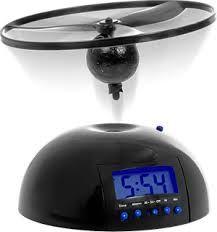 Летающий будильник. Даже самые стойкие лежебоки обязательно проснуться, а что бы выключить будильник обязательно встанут. Настоящий пробуждающий звонок будильника.