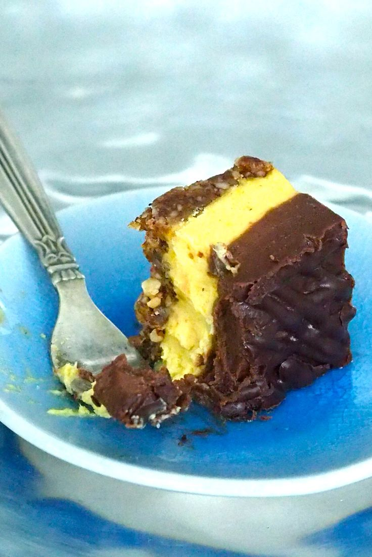 Orange chocolate raw cake from my SuperLemon blog