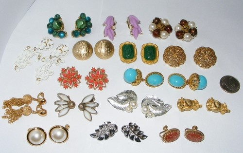 Vintage EARRING LOT costume jewelry many Signed Earrings Trifari Lisner etc #1   | eBay sold