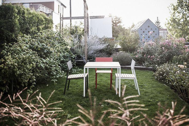 Praktičnost tu stojí pevně na nohou a židle Cora jsou nejuniverzálnějším produktem značky egoé. // Cora. Chair for every corner.