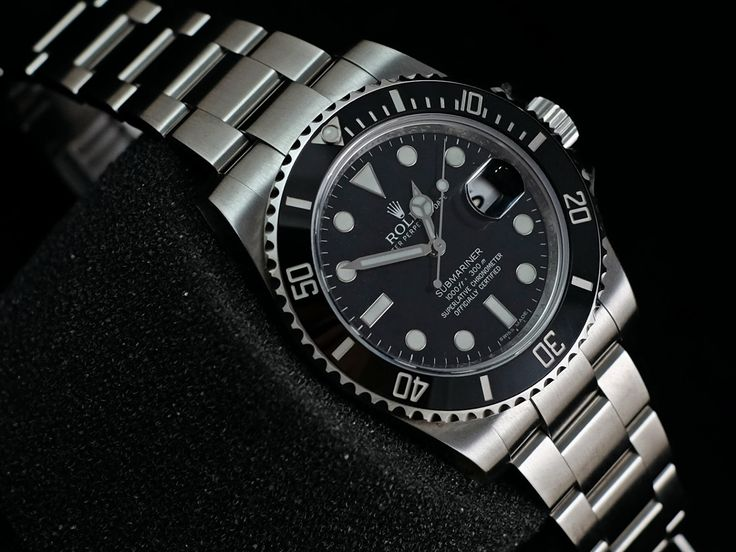 """Rolex Submariner Ceramic 116610LN """"Random""""  Ref. 116610LN Glass material Sapphire Case material Stainless Steel Case Diameter 40mm Movement Automatic Serial 'Random' Condition 96% (Seal and Barcode in-tag) (Fullset Box Manual Paper)  WE ARE BASED AT JAKARTA - INDONESIA please contact us for any inquiry : whatsapp : +6285723925777 blackberry pin : 2bf5e6b9 #ROLEX #SUBMARINER #DATE #CERAMIC #116610LN #LUXURY #JAKARTA #INDONESIA #DUBAI #SINGAPORE #SURABAYA #HOROLOGY #TIMEPIECE #VVIP"""