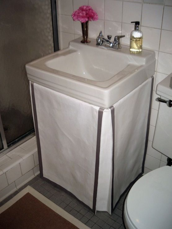 great fix for a small1960's bathroom..1/2 bath in master ...