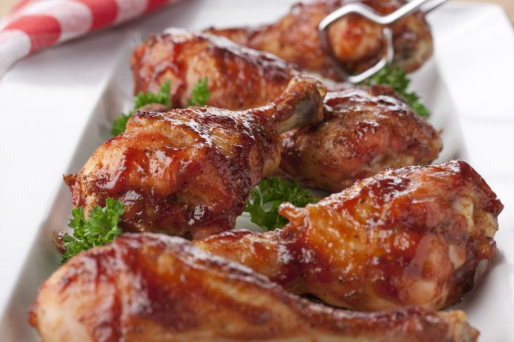 Capture the tastes of summer all year long by making our Barbecued Drumsticks recipe. This easy chicken recipe is full of rich, delicious flavor, and everyone will be clamoring for a bite of this barbecued chicken recipe when they see these drumstick
